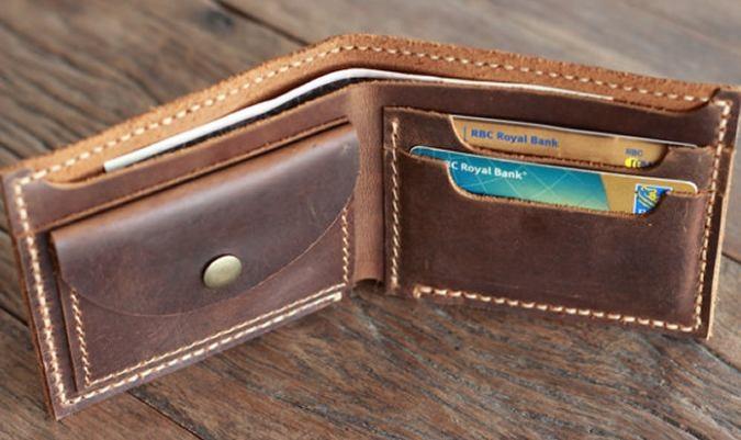 e0f230bae Značkové kožené peňaženky a štýlové doplnky svetových značiek ...